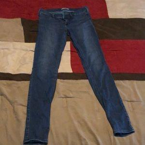 Hollister Jeans size 7L